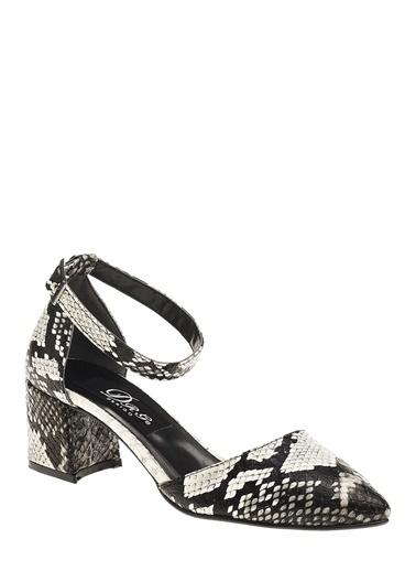 Derigo Derigo 7103 Kalın Topuk Süet Suni Deri Yılan Kadın Sandalet Siyah